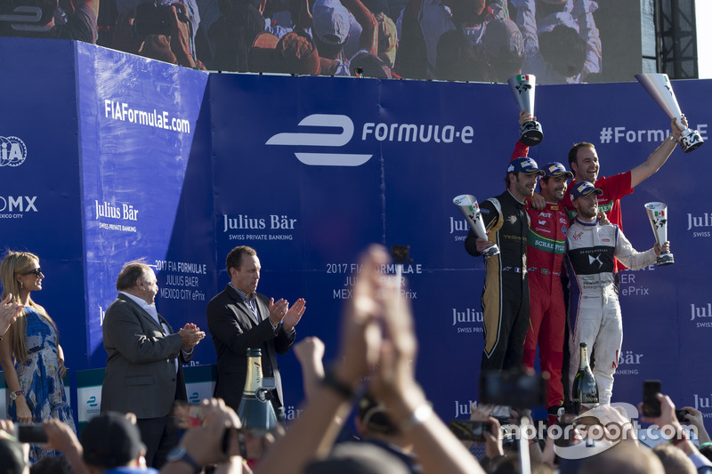 Podium: Lucas di Grassi, ABT Schaeffler Audi Sport, Jean-Eric Vergne, Techeetah. and Sam Bird, DS Virgin Racing