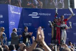Podium: Lucas di Grassi, ABT Schaeffler Audi Sport, Jean-Eric Vergne, Techeetah. & Sam Bird, DS Virg