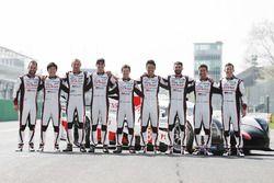 Yeni Toyota Gazoo Racing Toyota TS050 Hybrid ve pilotlar: Anthony Davidson, Nicolas Lapierre, Kazuki