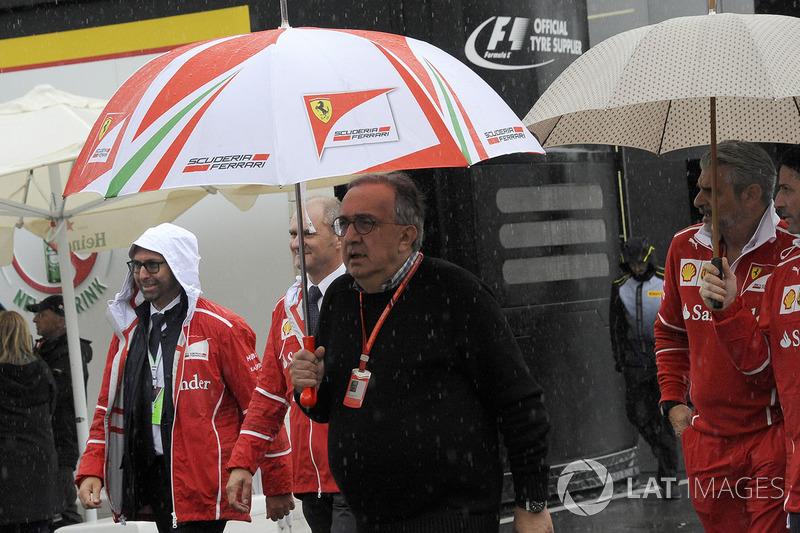 Sergio Marchionne, CEO de FIAT y Maurizio Arrivabene, director del equipo Ferrari