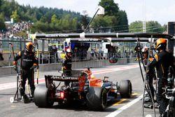 Сход: Фернандо Алонсо, McLaren MCL32