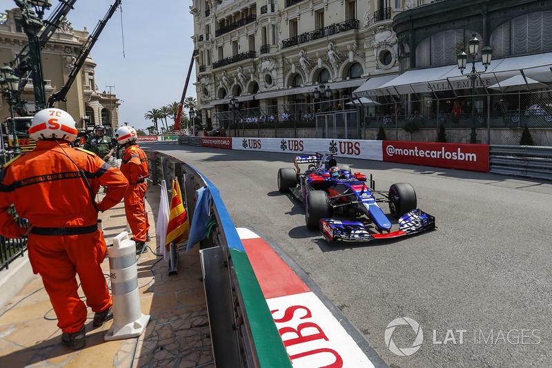 9. Daniil Kvyat, Scuderia Toro Rosso, STR12