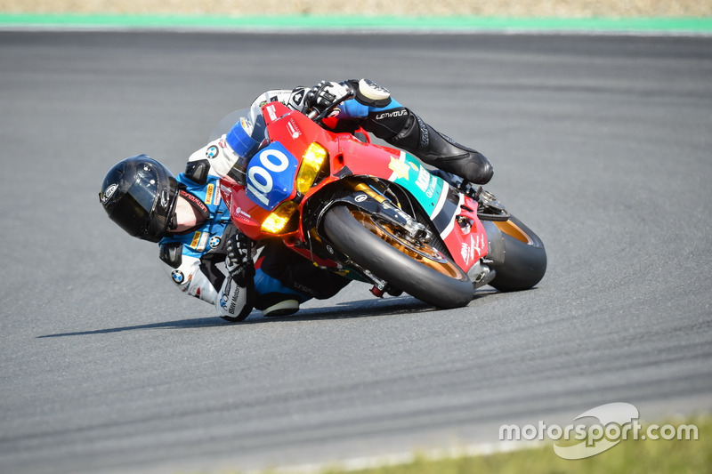 20. #100 Hertrampf Racing Ducati Endruance – Marco Nekvasil, Oliver Skach, Gareth Jones - 48 Runden