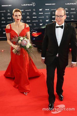 Monaco Prensi Albert II ve Prenses Charlene