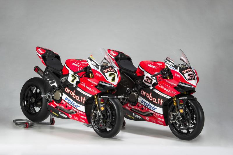 Les motos de Chaz Davies et Marco Melandri