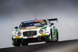 №17 Bentley Team M-Sport, Bentley Continential GT3: Энди Соучек, Максим Суле, Винсан Абриль
