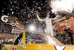 Daniel Suarez, Kyle Busch Motorsports Toyota in Victory lane
