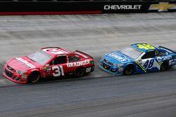 Ryan Newman, Richard Childress Racing Chevrolet, Jimmie Johnson, Hendrick Motorsports Chevrolet