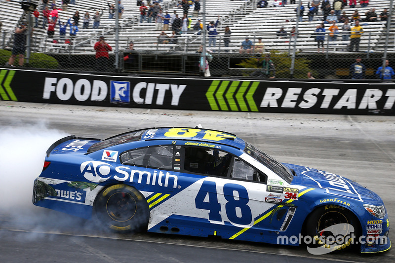 2017, Bristol 1: Jimmie Johnson (Hendrick-Chevrolet)
