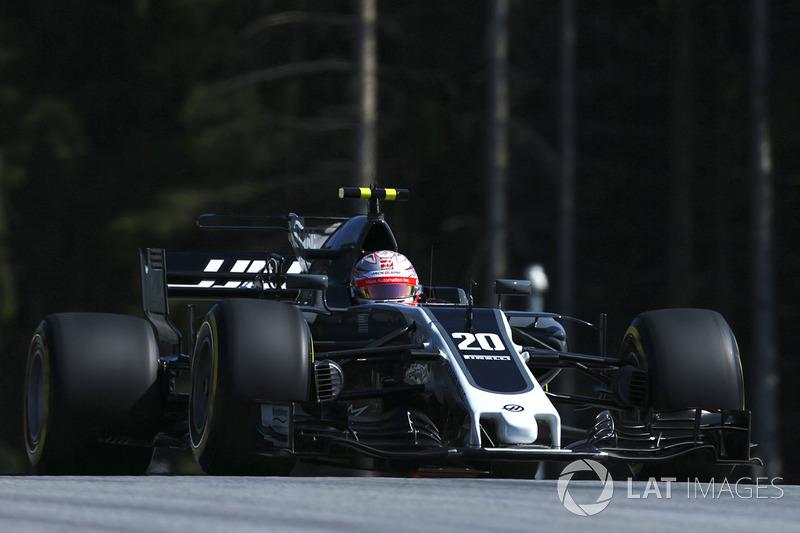 Defekt: Kevin Magnussen, Haas F1 Team VF-17