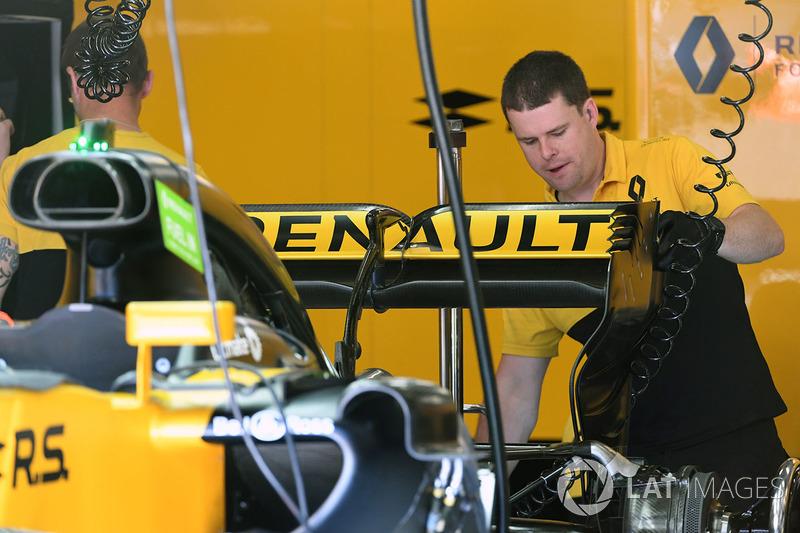 Renault RS17: Heckflügel