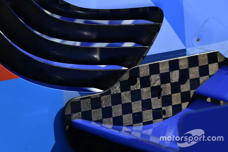 Frontflügel am Auto von Scott Dixon, Chip Ganassi Racing, Honda