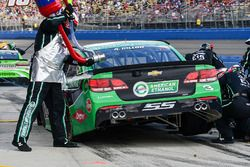 Austin Dillon, Richard Childress Racing Chevrolet pit stop