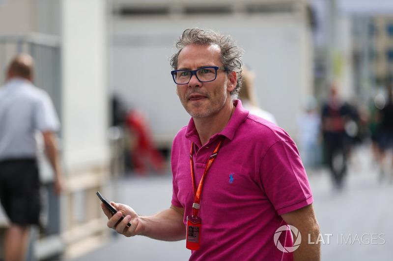 """Jacques Villeneuve disse que a atitude de Vettel não foi a melhor mas relevou: """"Claro que foi feio, mas, no fim das contas, Lewis fez um brake test. Eu sou um piloto, eu estive lá. Sempre que um piloto fazia isso comigo, eu fazia aquilo que Seb fez."""""""