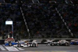 Will Power, Team Penske Chevrolet, Scott Dixon, Chip Ganassi Racing Honda