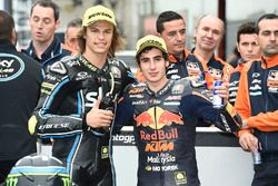 Polesitter Nicolo Bulega, Sky Racing Team VR46, tweede plaats Niccolo Antonelli, Red Bull KTM Ajo