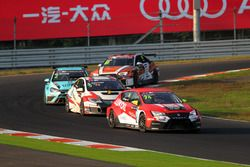 Пепе Ориола, Lukoil Craft-Bamboo Racing, SEAT León TCR