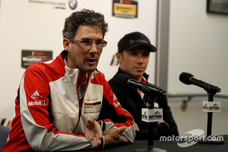 Frank-Steffen Walliser, Porsche Motorsport Director y Patrick Pilet, Porsche Team North America