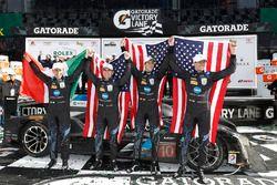 Race winners Ricky Taylor, Jordan Taylor, Max Angelelli, Jeff Gordon, Wayne Taylor Racing