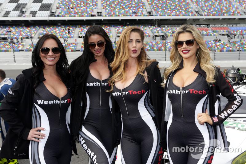Chicas del WeatherTech