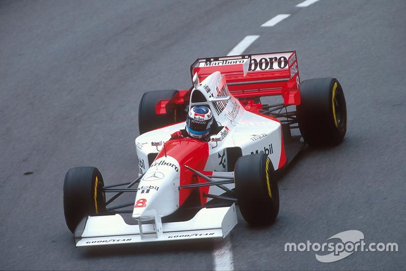 1995 : McLaren MP4/10B, à moteur Mercedes