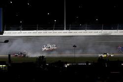 Choque: Rico Abreu, ThorSport Racing Toyota; Cameron Hayley, ThorSport Racing Toyota