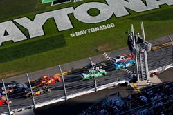 Restart: Chase Elliott, JR Motorsports Chevrolet leads