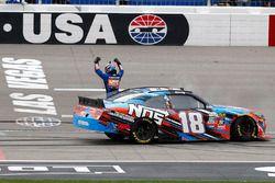 Sieger, Kyle Busch, Joe Gibbs Racing Toyota