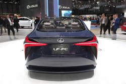 Lexus LF FC