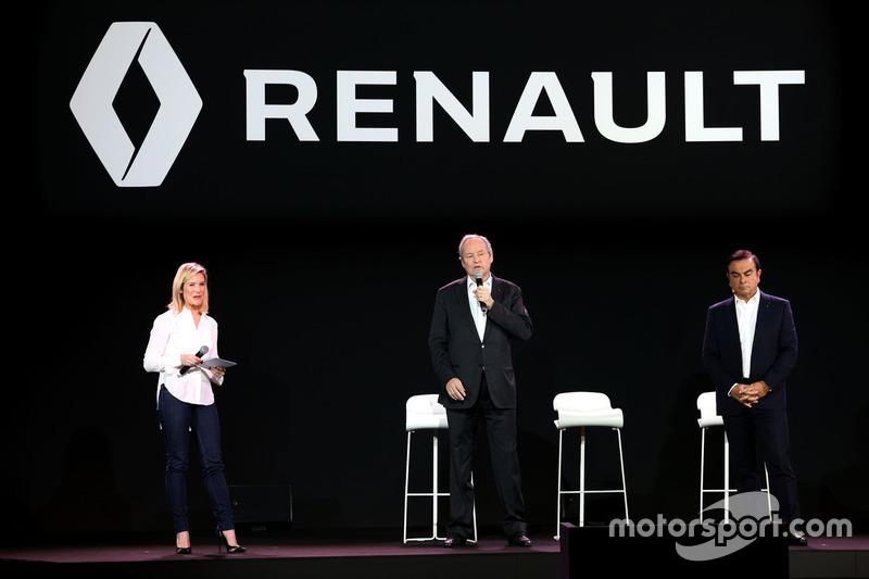 (L nach R): Jerome Stoll, Renault Sport F1 Präsident mit Carlos Ghosn, Präsident Renault