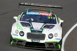 #31 Bentley Team M-Sport Bentley Continental GT3: Andy Soucek, Maxine Soulet, David Russell