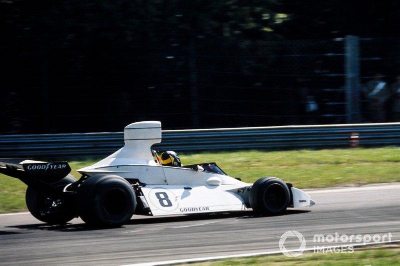 Три следующие позиции на решетке неожиданно заняли гонщики Brabham – вместе с Карлосом Рейтеманом и Карлосом Пасе (на фото)…