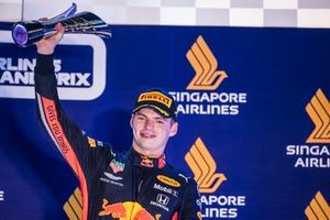 Max Verstappen, Red Bull Racing, 3rd position, lifts his tropy