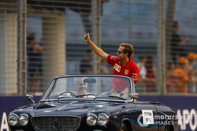Sebastian Vettel, Ferrari, alla parata dei piloti