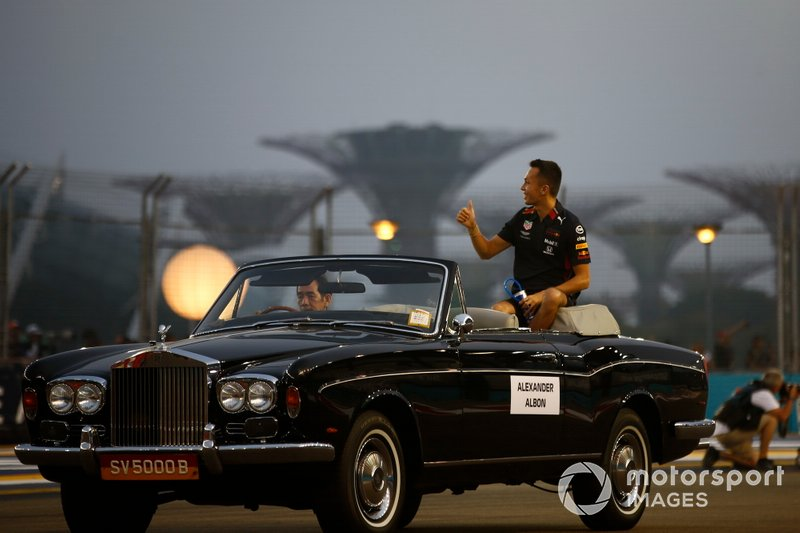Alexander Albon, Red Bull Racing, in the drivers parade