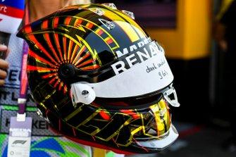 A special helmet design for Nico Hulkenberg, Renault F1 Team