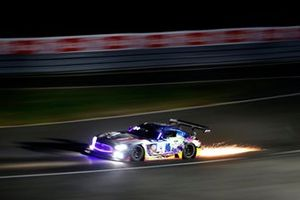 Елмер Бюрман, Лука Штольц и Маро Энгель, Mercedes-AMG Team Black Falcon, Mercedes-AMG GT3 (№4)