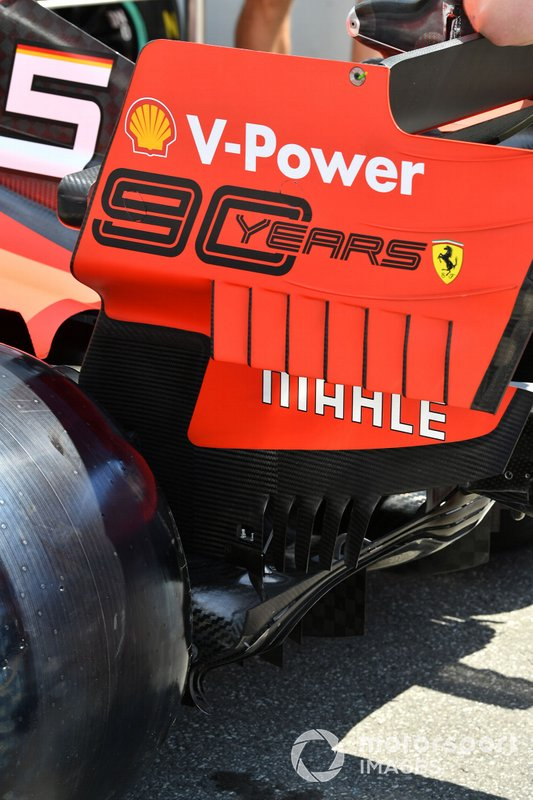 Rear wing on Ferrari SF90