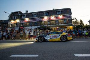 #998 ROWE Racing Porsche 911 GT3 R: Frédéric Makowiecki, Patrick Pilet, Nick Tandy