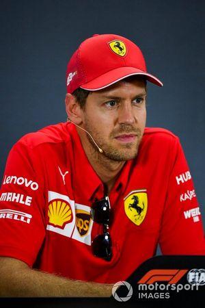 Sebastian Vettel, Ferrari basın toplantısında