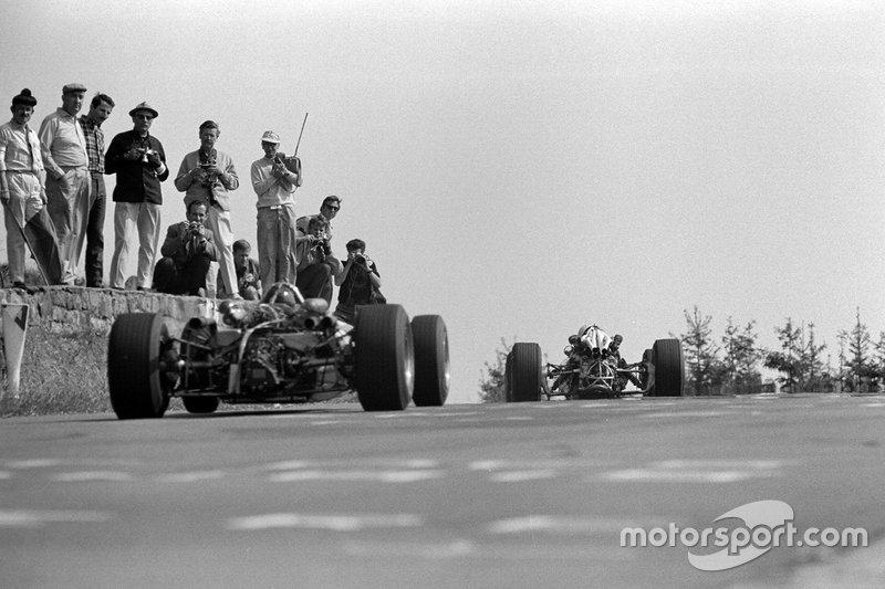 Спустя две недели Ф1 приехала на еще одну культовую трассу в Спа. Вот только это уже была совсем другая Формула 1
