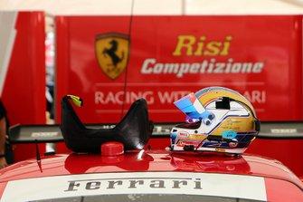 #62 Risi Competizione Ferrari 488 GTE: Alessandro Pier Guidi, casco