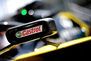 Castrol logo on the Renault F1 Team R.S.19