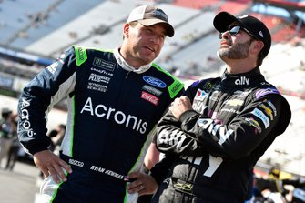 Ryan Newman, Roush Fenway Racing, Ford Mustang Acronis and Jimmie Johnson, Hendrick Motorsports, Chevrolet Camaro Ally