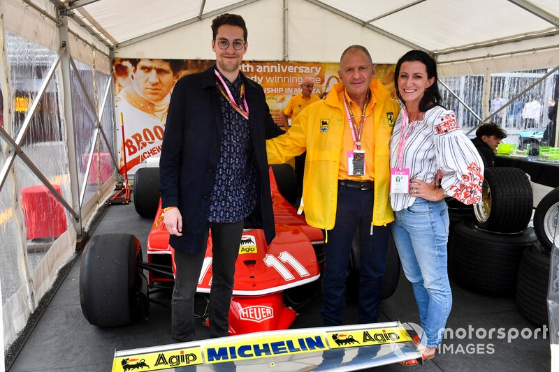 El ex campeon del mundo Jody Scheckter