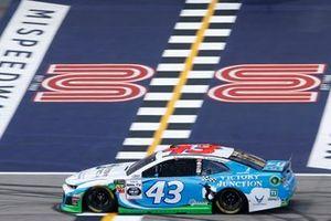 Darrell Wallace Jr., Richard Petty Motorsports, Chevrolet Camaro Victory Junction