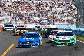 Ryan Blaney, Team Penske, Ford Mustang PPG and Joey Logano, Team Penske, Ford Mustang MoneyLion