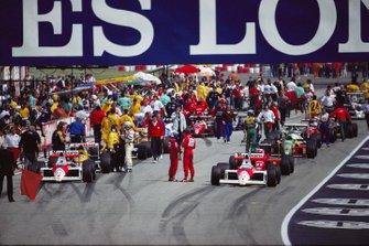 Alain Prost, McLaren Honda e Ayrton Senna, McLaren Honda, Gerhard Berger, Ferrari, al GP di San Marino del 1989