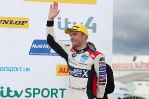 Colin Turkington, WSR BMW