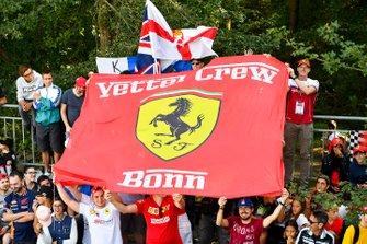 Soporte para Sebastian Vettel, Ferrari